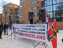 Edwin Wagensveld di demonstrasi di Apeldoorn ©Apdency